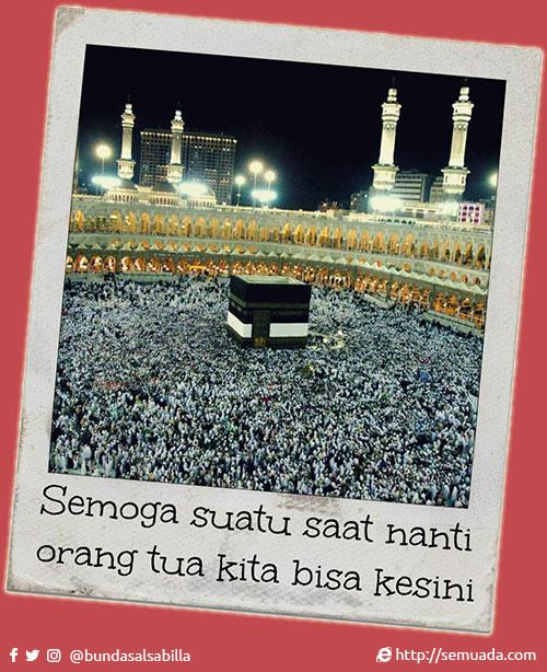 Bismillâhir Rahmânir Rahîm   Allâhumma shalli 'alâ Muhammad wa âli Muhammad  Dengan nama Allah Yang Maha Pengasih dan Maha Penyayang  Sampaikan shalawat kepada Rasulullah dan keluarganya   Berikut adalah doa doa bagi yang mengharapkan dapat menunaikan ibadah haji:     اَللَّهُمَّ ارْزُقْنِي الْحَجَّ الَّذِي افْتَرَضْتَ عَلَى مَنِ اسْتَطَاعَ اِلَيْهِ سَبِيْلاً. وَاجْعَلْ لِي فِيْهِ هَادِيًا وَاِلَيْهِ دَلِيْلاً. وَقَرِّبْ لِي بُعْدَ الْمَسَالِكِ. وَاَعِنِّي عَلَى تَأْدِيَةِ الْمَنَاسِكِ   Allâhummarzuqnil hajja alladziftadhta `alâ manistathâ`a ilayhi sabîlâ. Waj'allî fîhi hâdiyan wa ilayhi dalîlan. Wa qarriblî bu'dul masâliki. Wa a'innî 'alâ ta'diyatil manâsiki.   Ya Allah, karuniakan padaku kemampuan untuk menunaikan ibadah haji sebagimana Kau wajibkan kepada orang yang mampu. Karuniakan padaku pembimbing dan penuntun menuju padanya. Dekatkan bagiku perjalanan yang jauh. Dan bantulah aku agar dapat melaksanakan semua manasik haji secara sempurna.   وَحَرِّمْ بِإِحْرَامِي عَلَى النَّارِ جَسَدِي. وَزِدْ لِلسَّفَرِ قُوَّتِي وَجِلْدِي. وَارْزُقْنِي رَبِّ الْوُقُوفِ بَيْنَ يَدَيْكَ وَاْلإِضَافَةَ اِلَيْكَ. وَاَظْفِرْنِي بِالنُّجْحِ بِوَافِرِ الرِّبْحِ. وَاَصْدِرْنِي رَبِّ مِنْ مَوْقِفِ الْحَجِّ اْلأَكْبَرِ اِلَى مُزْدَلِفَةِ الْمَشْعَرِ. وَاجْعَلْهَا زُلْفَةً اِلَى رَحْمَتِكَ   Wa harrim bi-ihrâmî 'alan nâri jasadî. Wa zid lissafari quwwatî wa jildî. Warzuqnî Rabbil wuqûfi bayna yadayka wal-idhâfata ilayka. Wa azhfirnî binnujhi biwâfirir ribhi. Wa ashdirnî Rabbi min mawqifil hajji akbari ilâ muzdalitil masy'ari. Waj'alhâ zulfatan ilâ rahmatika.   Dengan ihramku selamatkan tubuhku dari api neraka  Dalam perjalananku karuniakan padaku tambahan kekuatan pada tubuh dan kulitku   Ya Rabbi  Karuniakan padaku kesempatan untuk wuquf di hadapan-Mu dan bersandar hanya kepada-Mu. Anugrahkan padaku keberuntungan dengan limpahan karunia-Mu   Ya Rabbi  Berangkatkan daku dari tempat haji akbar (Padang Arafah) sampai ke Muzdalifah, Masy'aril Haram. Jadikan semua itu wasilah untuk mendek